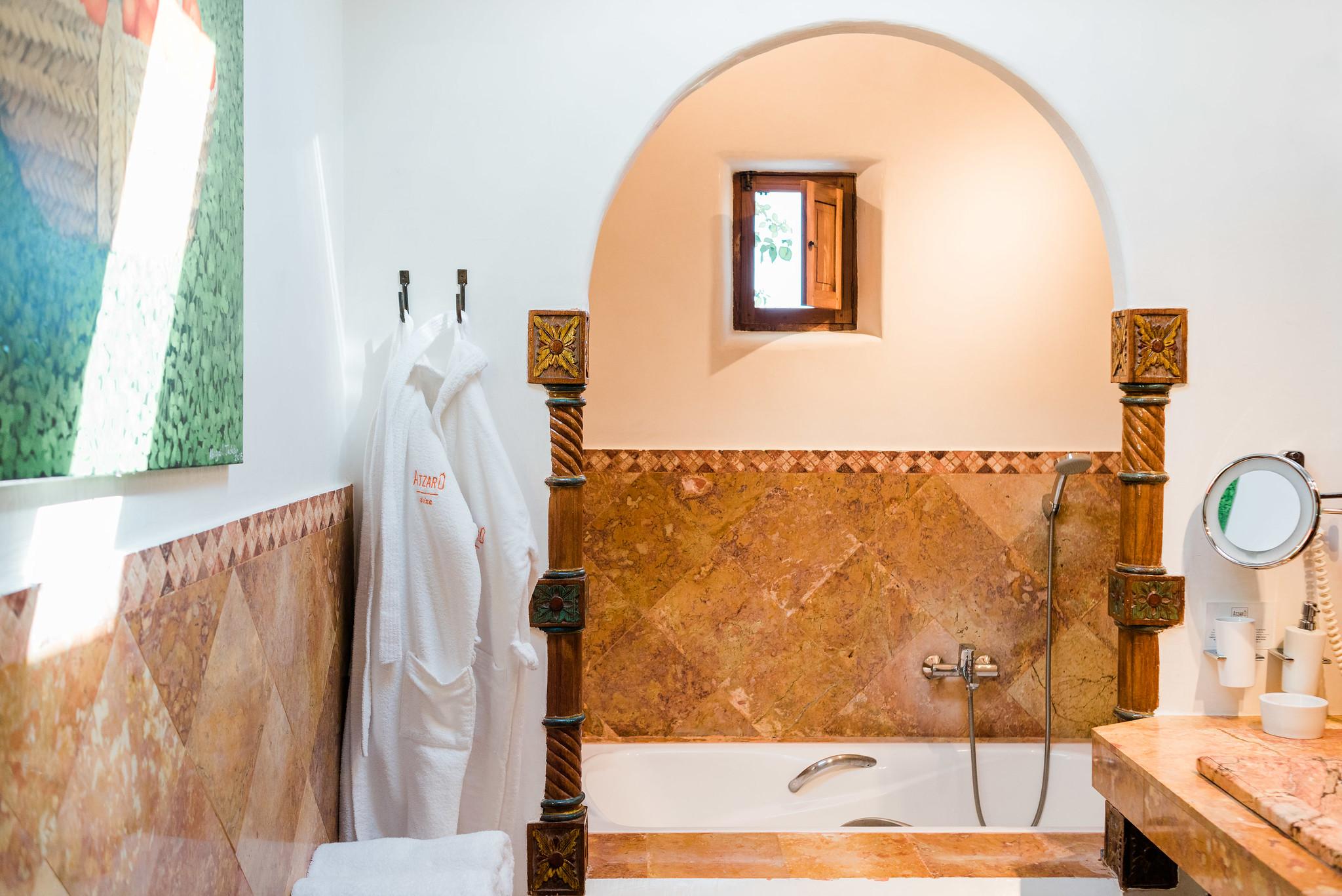 https://www.white-ibiza.com/wp-content/uploads/2019/11/ibiza-hotels-agoturismos-agroturismo-atzaro-01.jpg