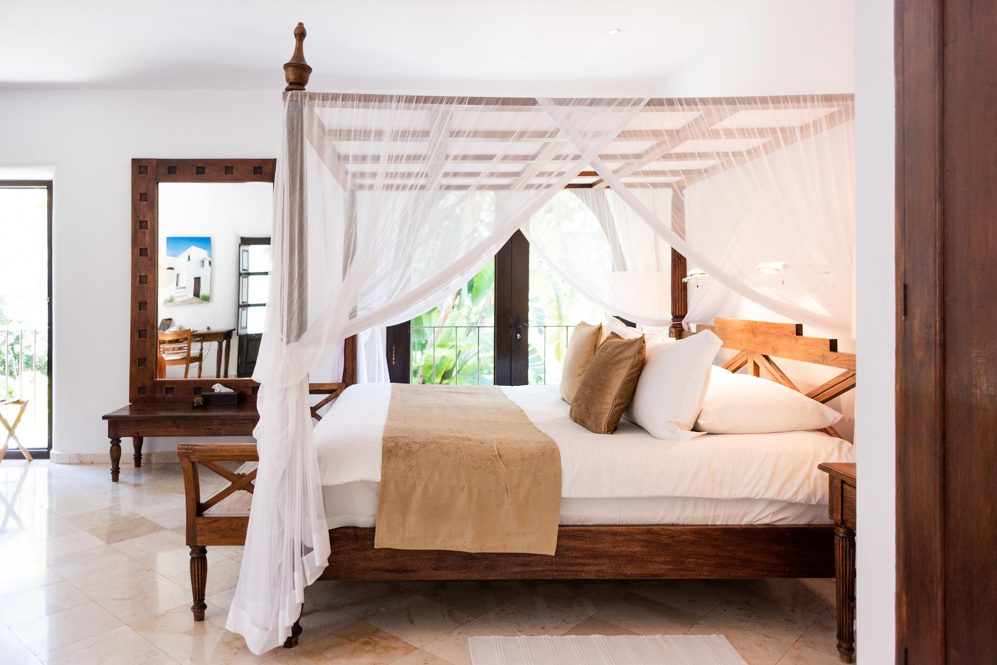https://www.white-ibiza.com/wp-content/uploads/2019/11/ibiza-hotels-agoturismos-agroturismo-atzaro-03.jpg