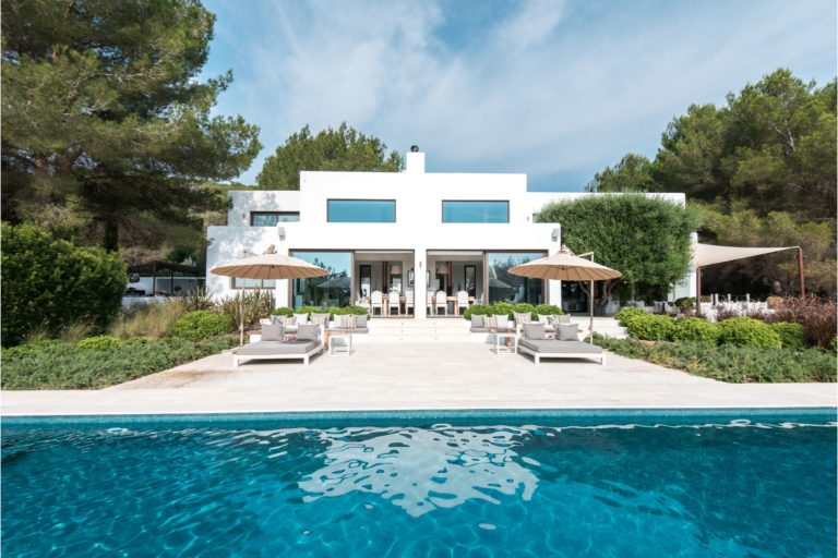 white-ibiza-villas-villa-novia-outdoors