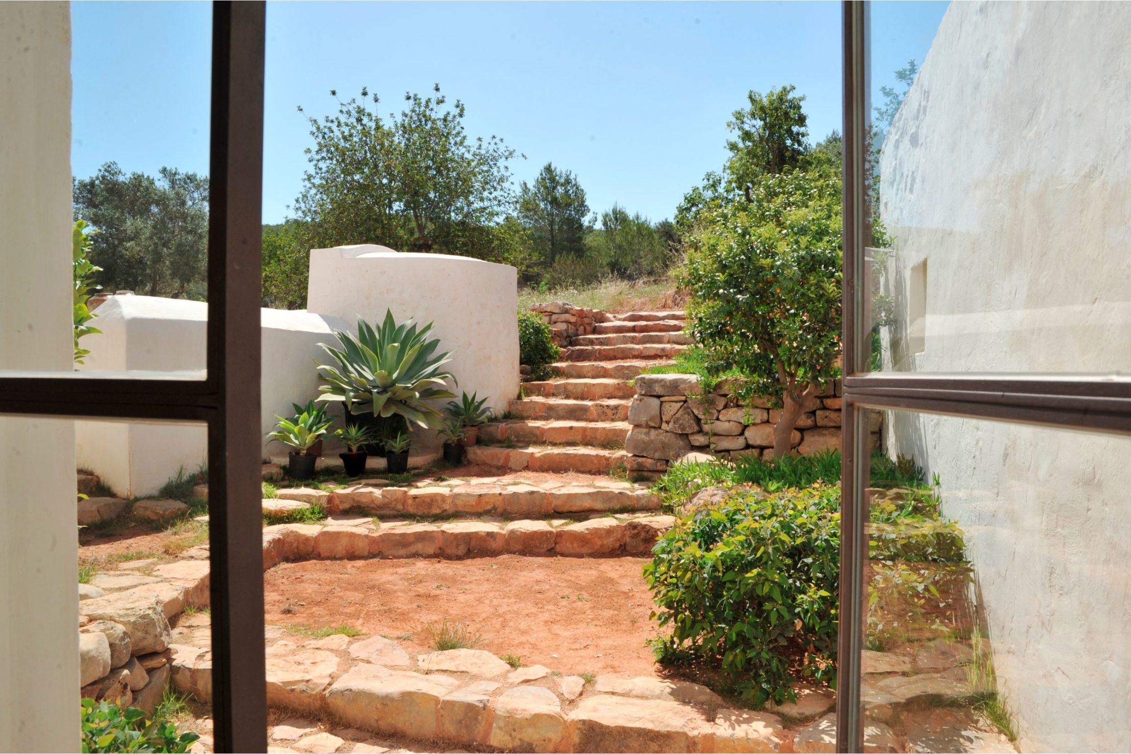 white-ibiza-villas-can-benito-interior
