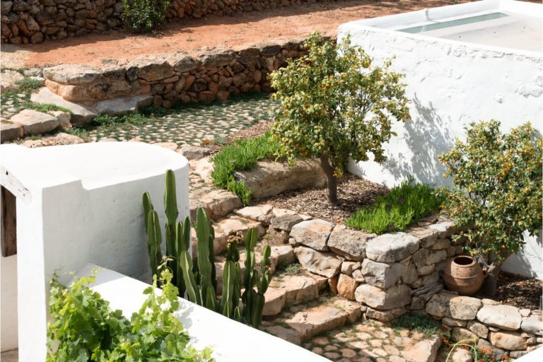 white-ibiza-villas-can-benito-outdoors