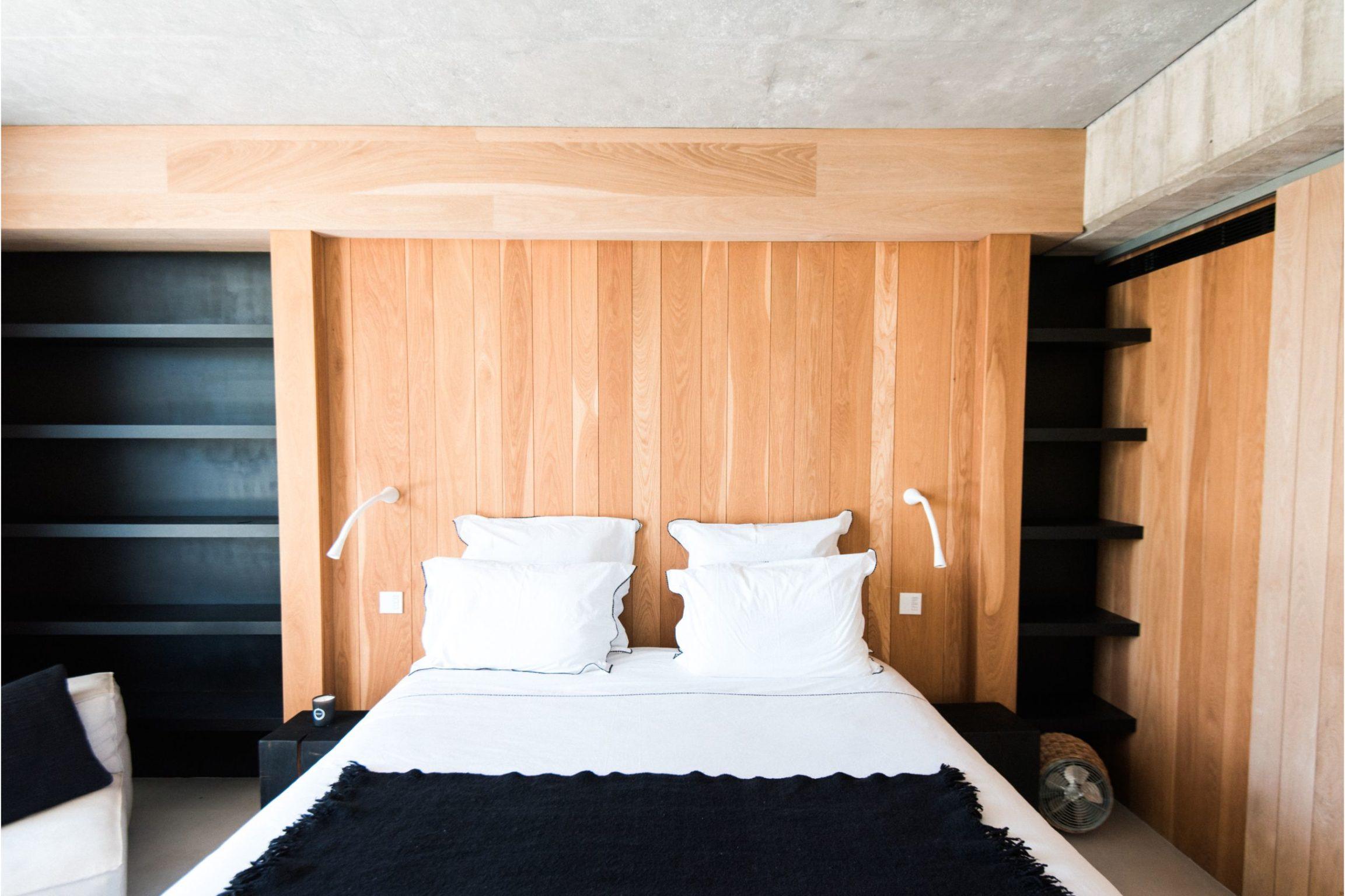 white-ibiza-villas-casa-valentina-bedroom