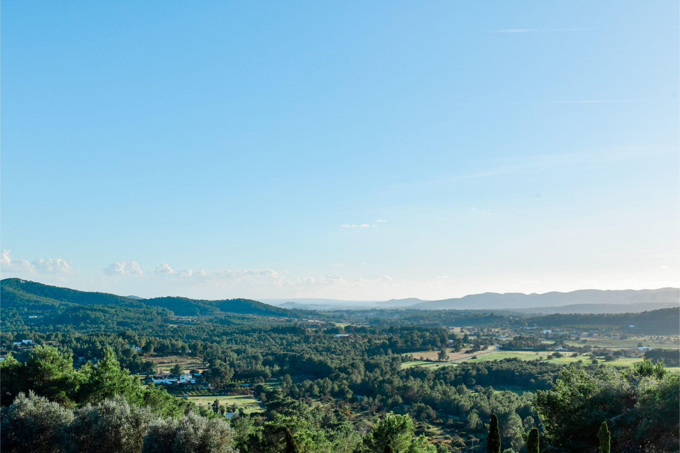 white-ibiza-villas-can-lavanda-outdoors