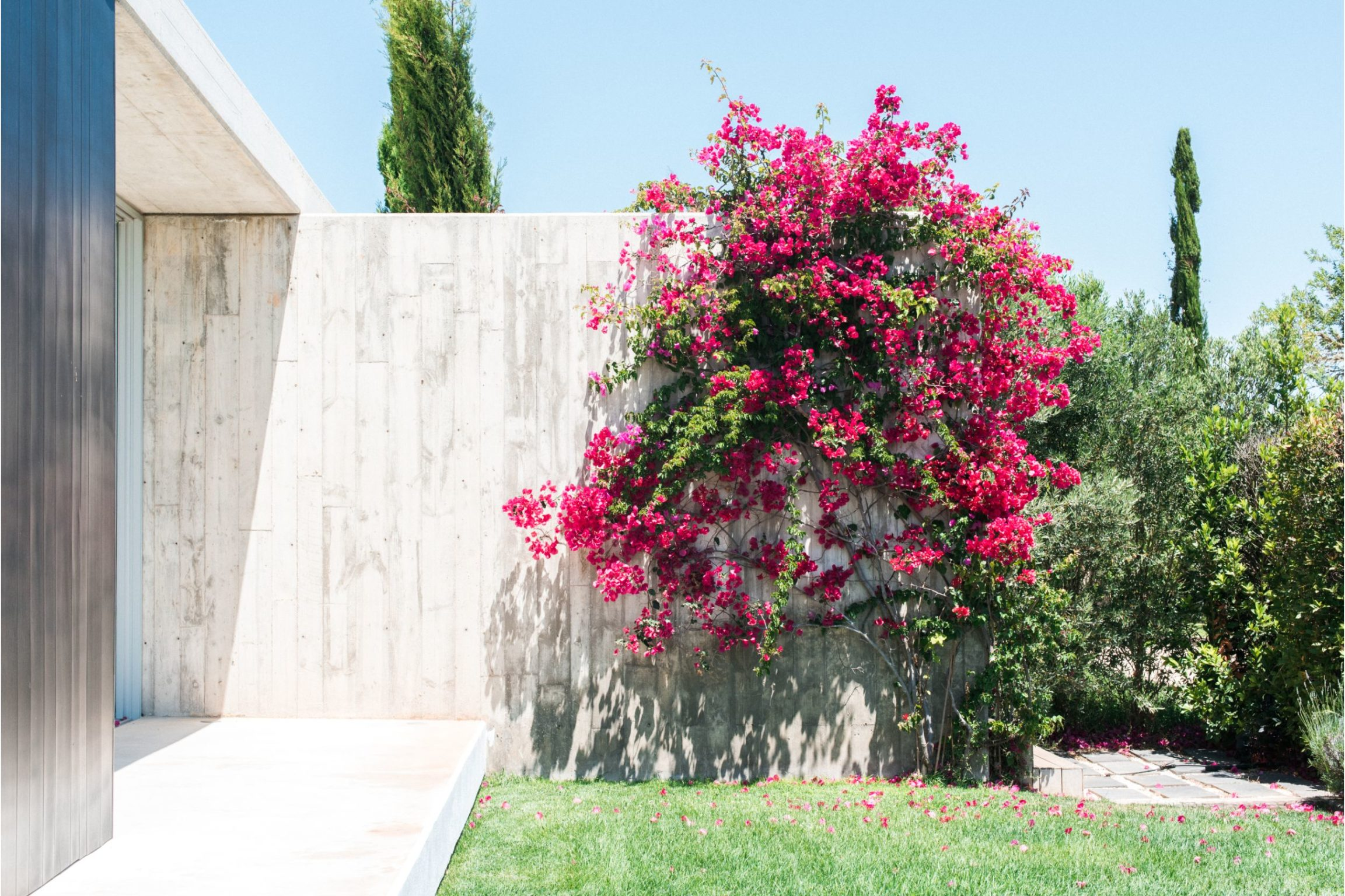 white-ibiza-villas-casa-valentina-outdoors