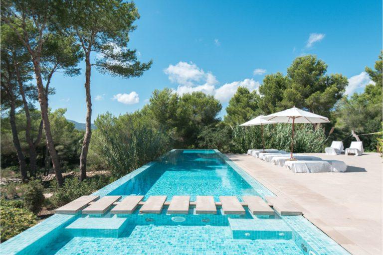 white-ibiza-villas-villa-vita-outdoors