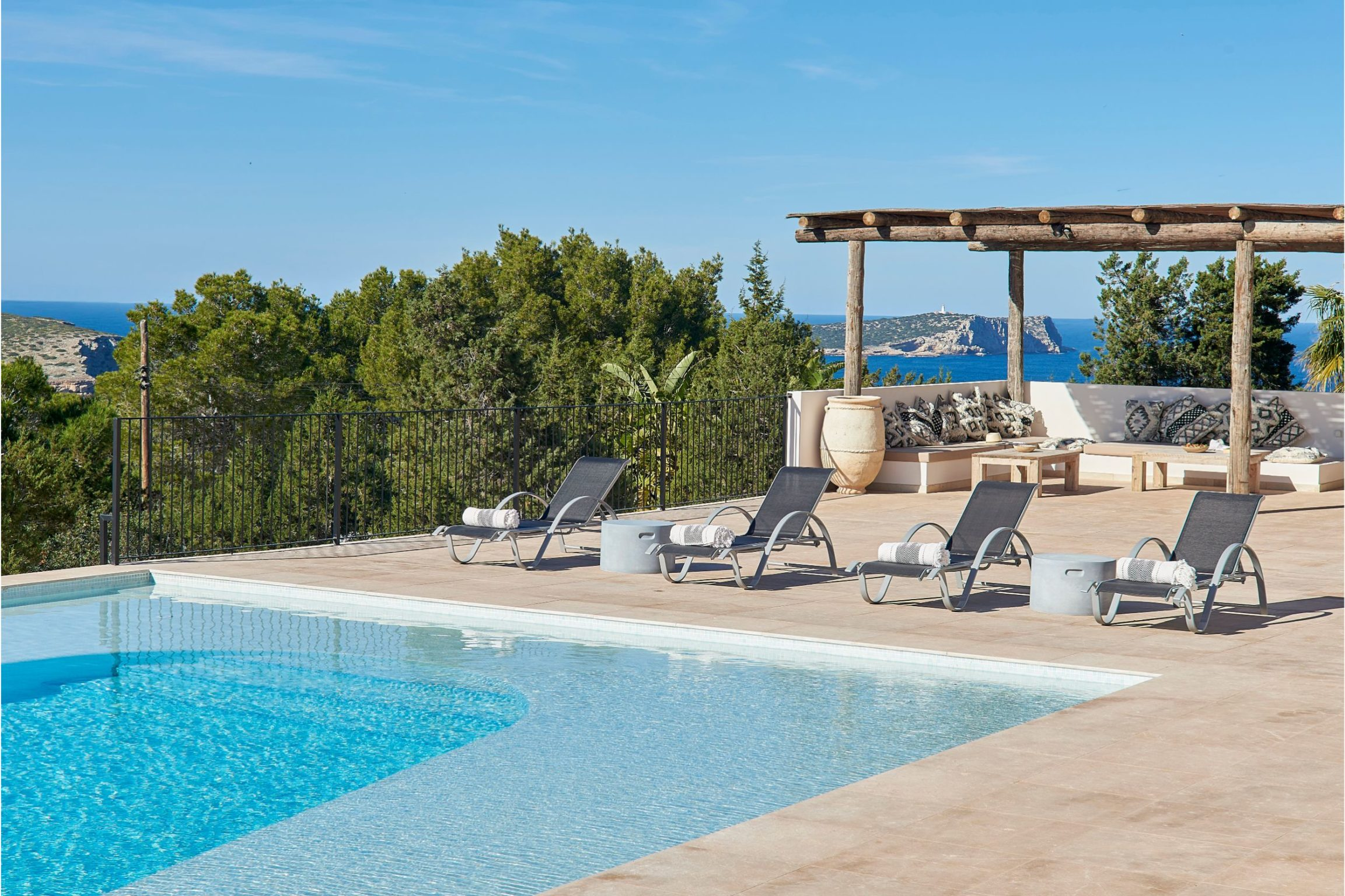 white-ibiza-villas-sa-serra-outdoors