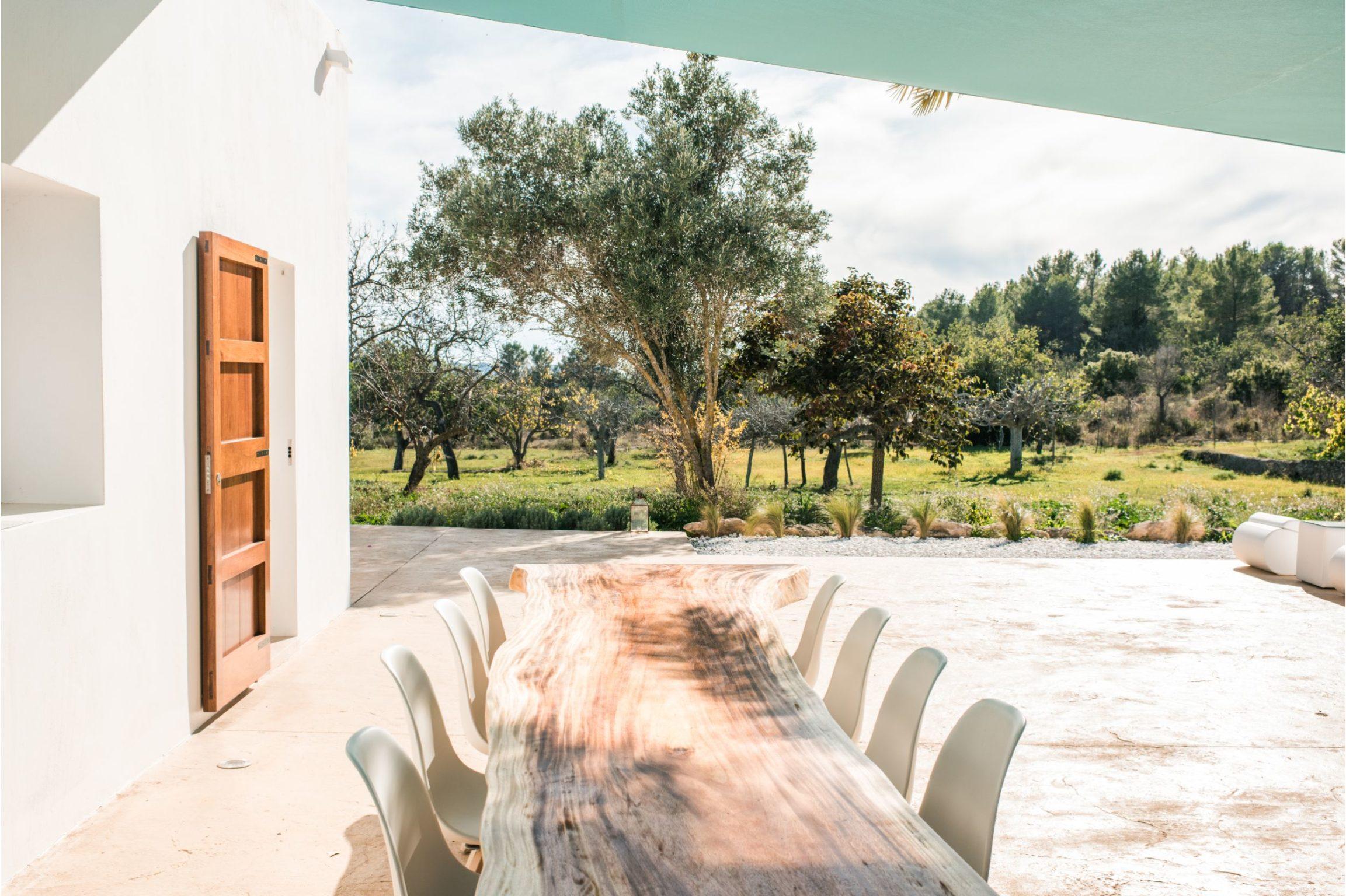 white-ibiza-villas-villa-balafia-outdoors