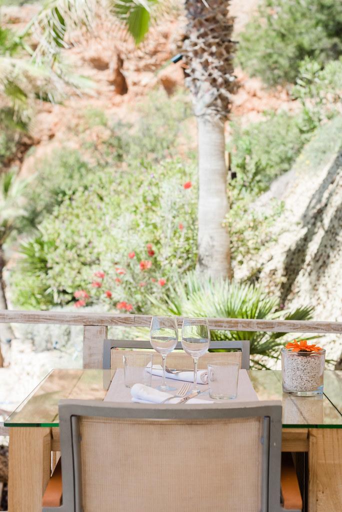 https://www.white-ibiza.com/wp-content/uploads/2020/02/ibiza-beach-restaurant-amante-ibiza-2019-07-1.jpg