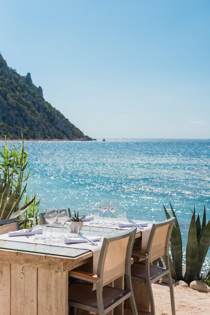 https://www.white-ibiza.com/wp-content/uploads/2020/02/ibiza-beach-restaurant-amante-ibiza-2019-10-1.jpg