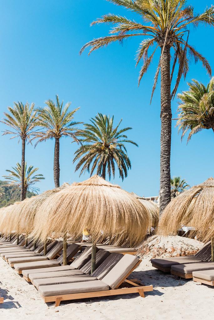 https://www.white-ibiza.com/wp-content/uploads/2020/02/ibiza-beach-restaurant-beachouse-ibiza-2019-02.jpg