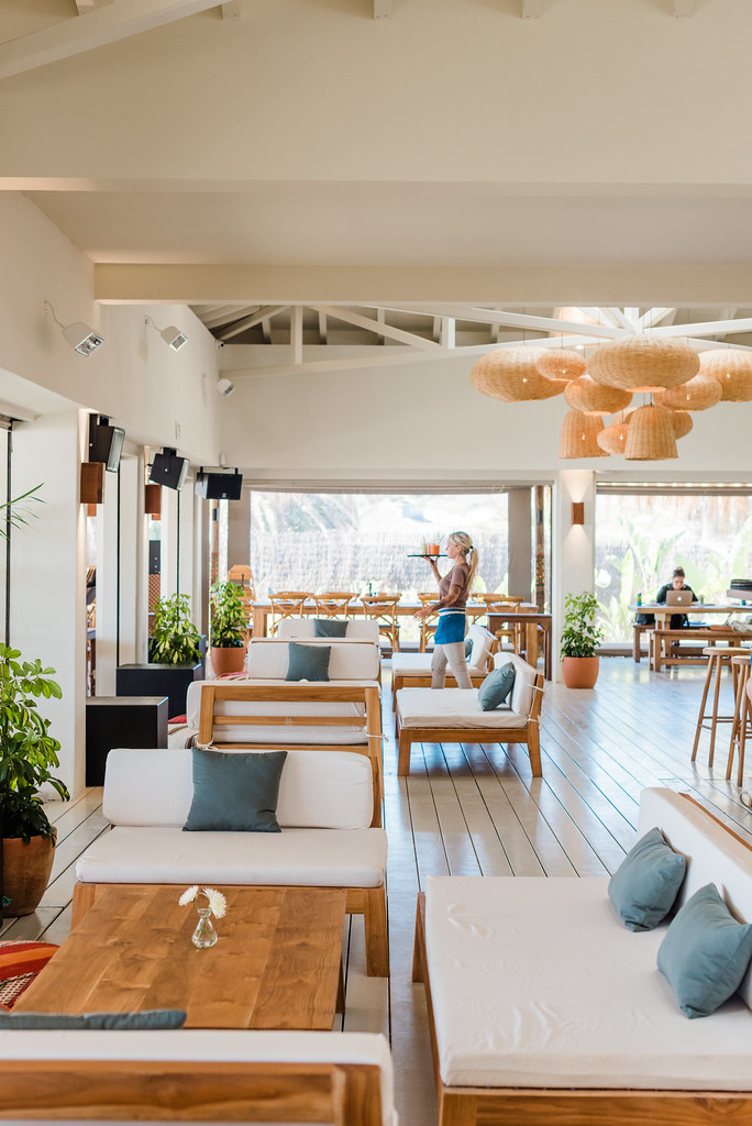 https://www.white-ibiza.com/wp-content/uploads/2020/02/ibiza-beach-restaurant-beachouse-ibiza-2019-06.jpg