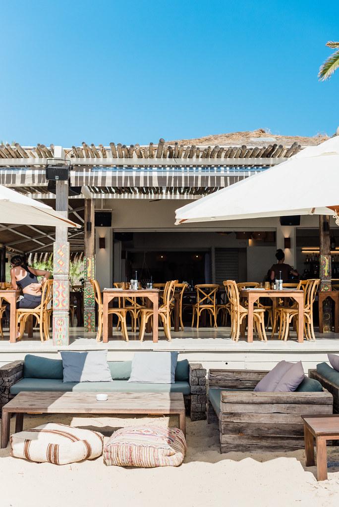 https://www.white-ibiza.com/wp-content/uploads/2020/02/ibiza-beach-restaurant-beachouse-ibiza-2019-11.jpg