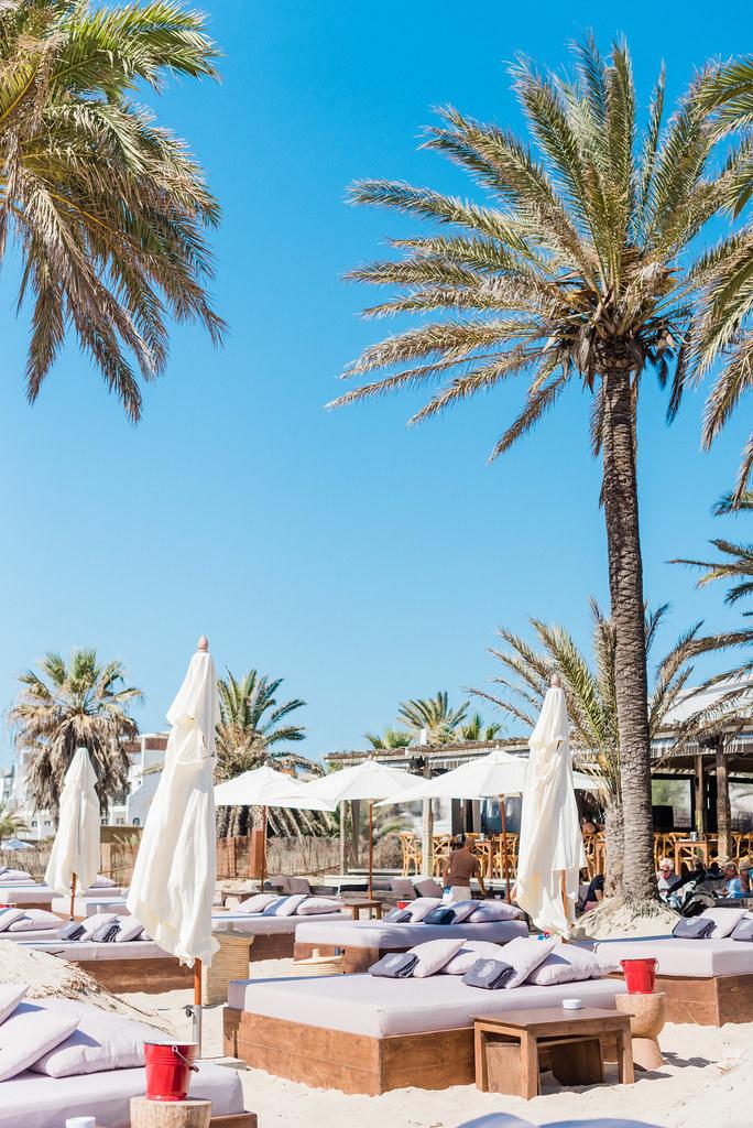 https://www.white-ibiza.com/wp-content/uploads/2020/02/ibiza-beach-restaurant-beachouse-ibiza-2019-13.jpg