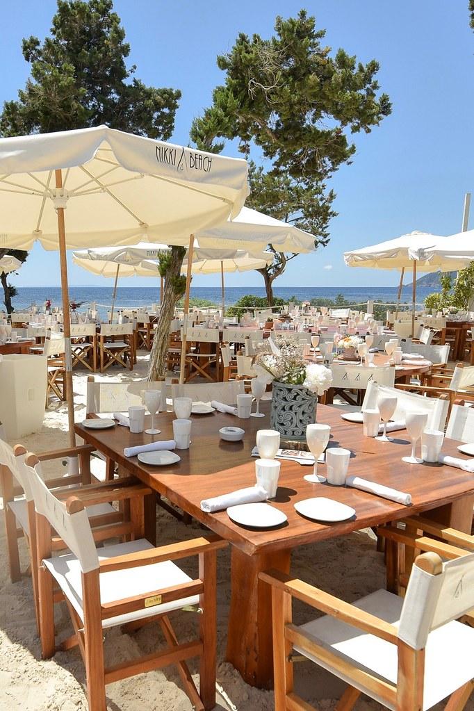 https://www.white-ibiza.com/wp-content/uploads/2020/02/ibiza-beach-restaurant-nikki-beach-ibiza-2019-04.jpg