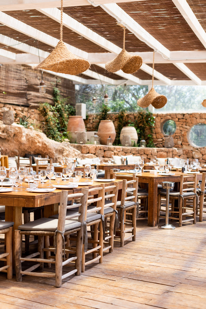 https://www.white-ibiza.com/wp-content/uploads/2020/02/ibiza-restaurants-cala-bonita-2018-02.jpg
