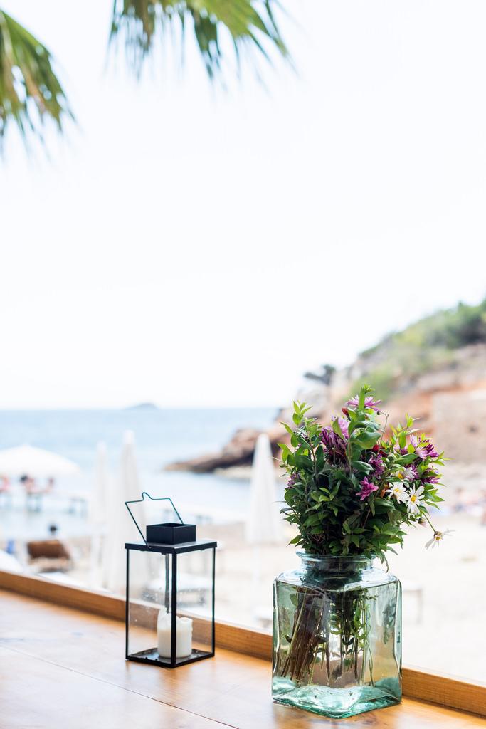 https://www.white-ibiza.com/wp-content/uploads/2020/02/ibiza-restaurants-cala-bonita-2018-12.jpg