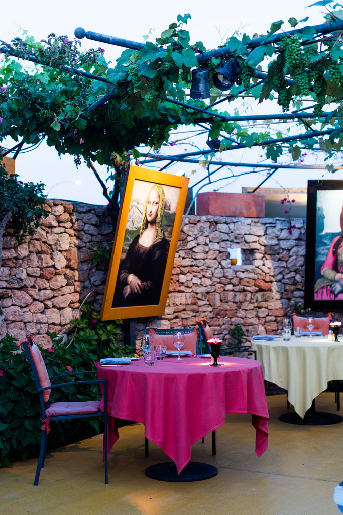 https://www.white-ibiza.com/wp-content/uploads/2020/02/ibiza-restaurants-las-dos-lunas-2018-09.jpg