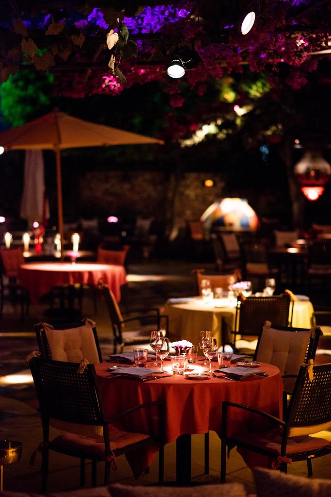 https://www.white-ibiza.com/wp-content/uploads/2020/02/ibiza-restaurants-las-dos-lunas-2018-13.jpg