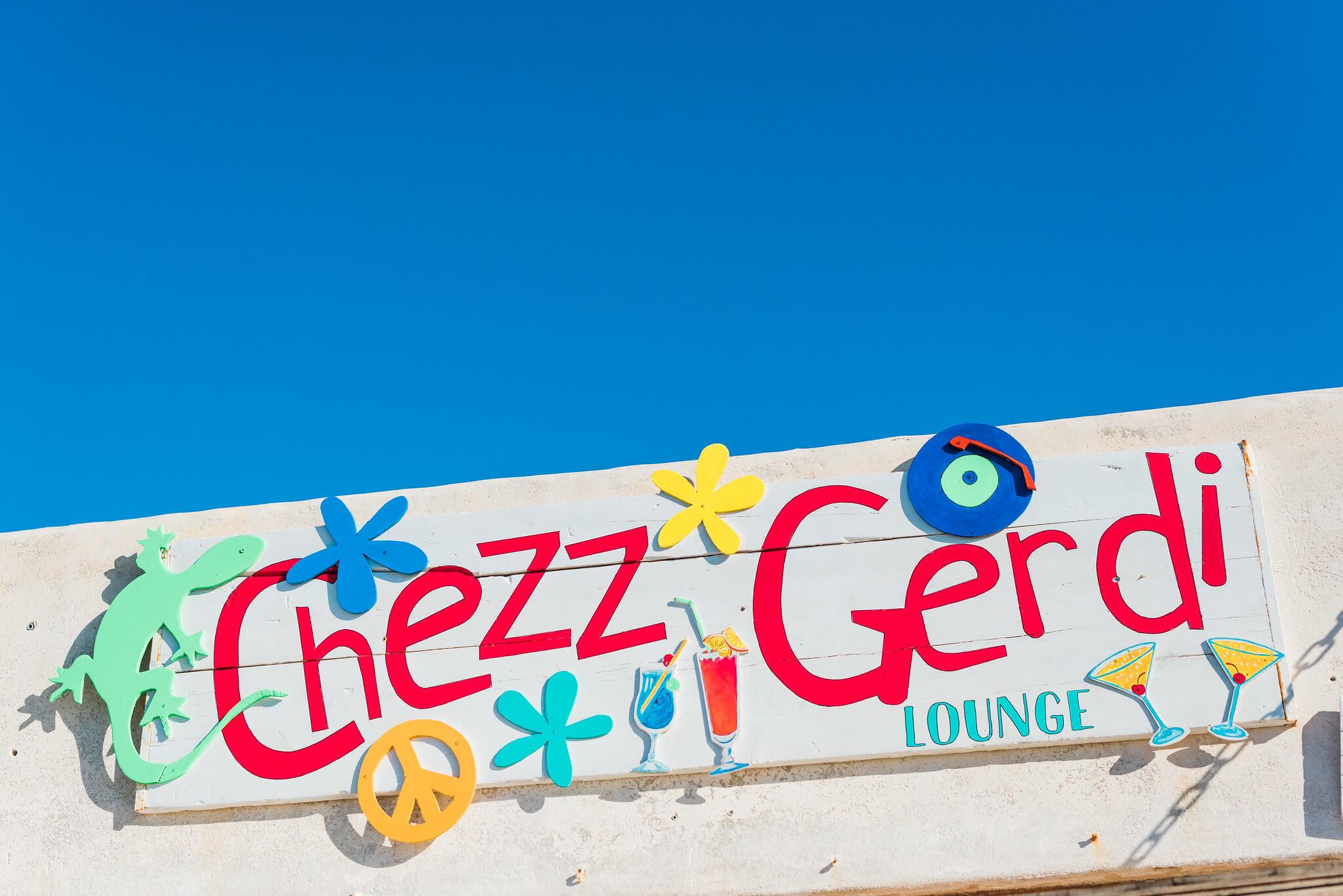 https://www.white-ibiza.com/wp-content/uploads/2020/03/formentera-beach-restaurants-chezz-gerdi-2020-06.jpg