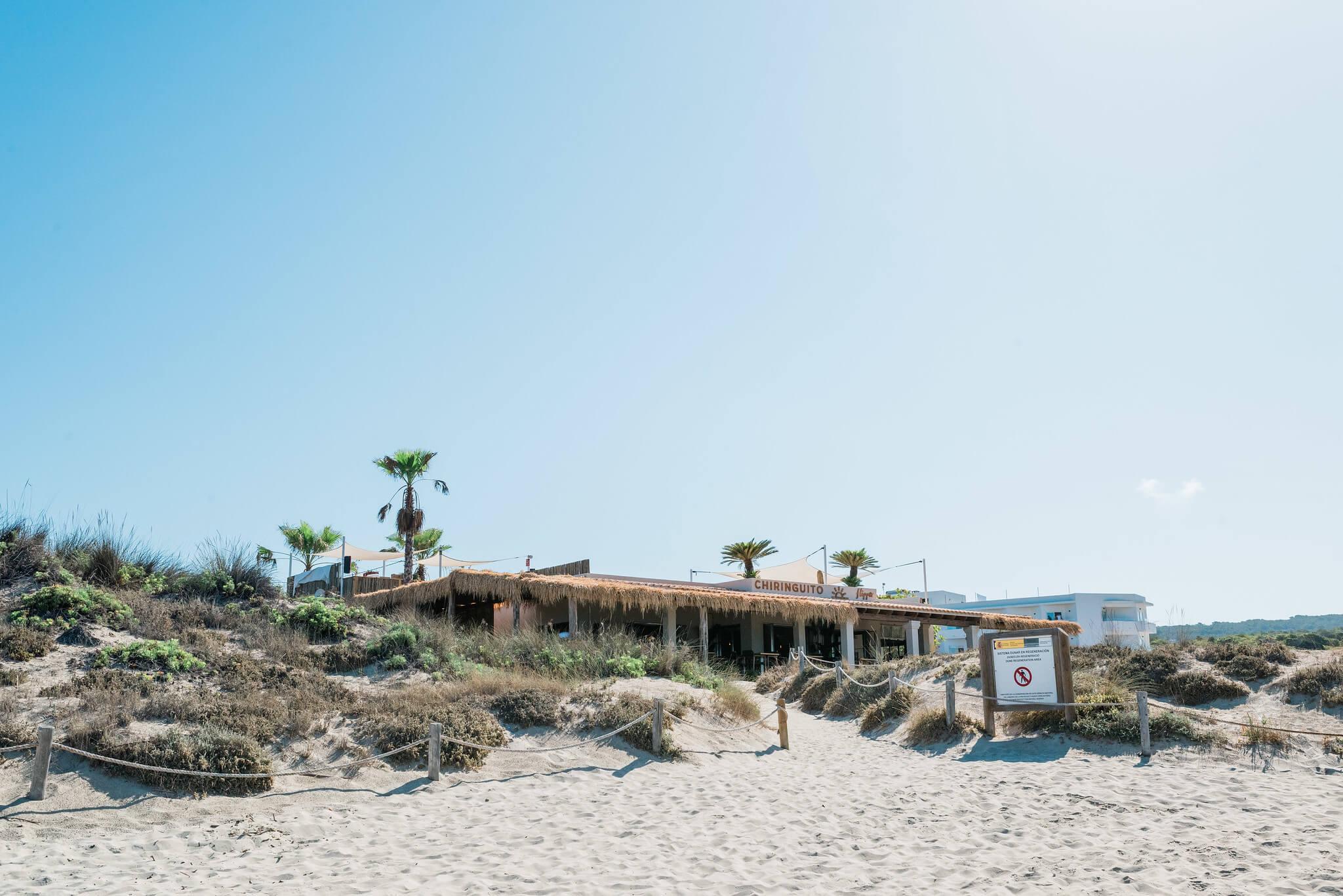 https://www.white-ibiza.com/wp-content/uploads/2020/03/formentera-beach-restaurants-flipper-2020-02.jpg