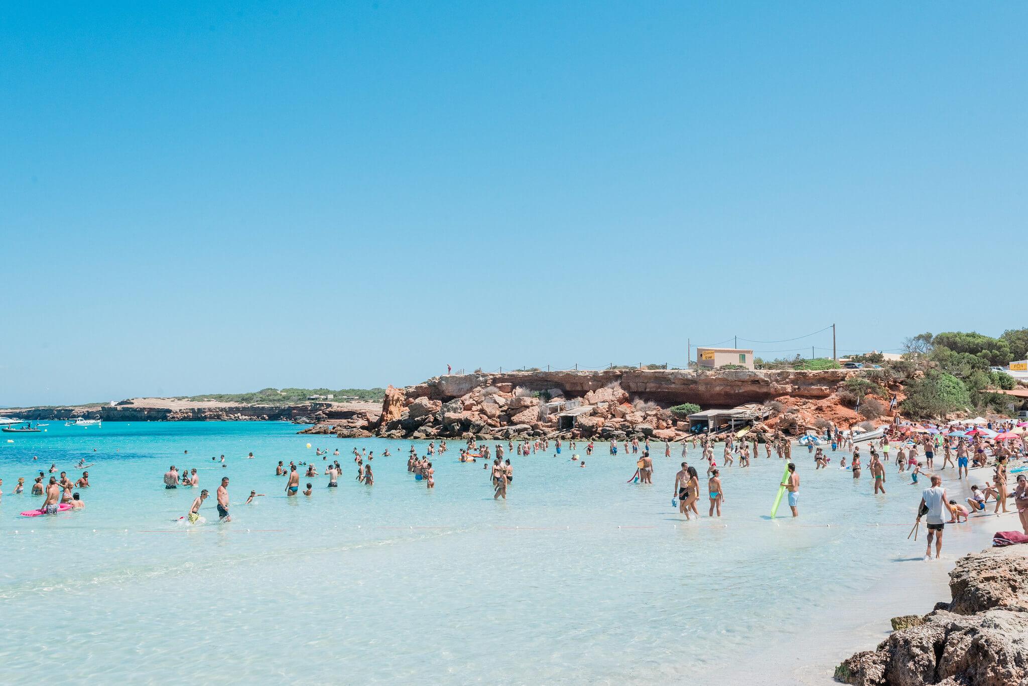 https://www.white-ibiza.com/wp-content/uploads/2020/03/formentera-beaches-cala-saona-2020-06.jpg