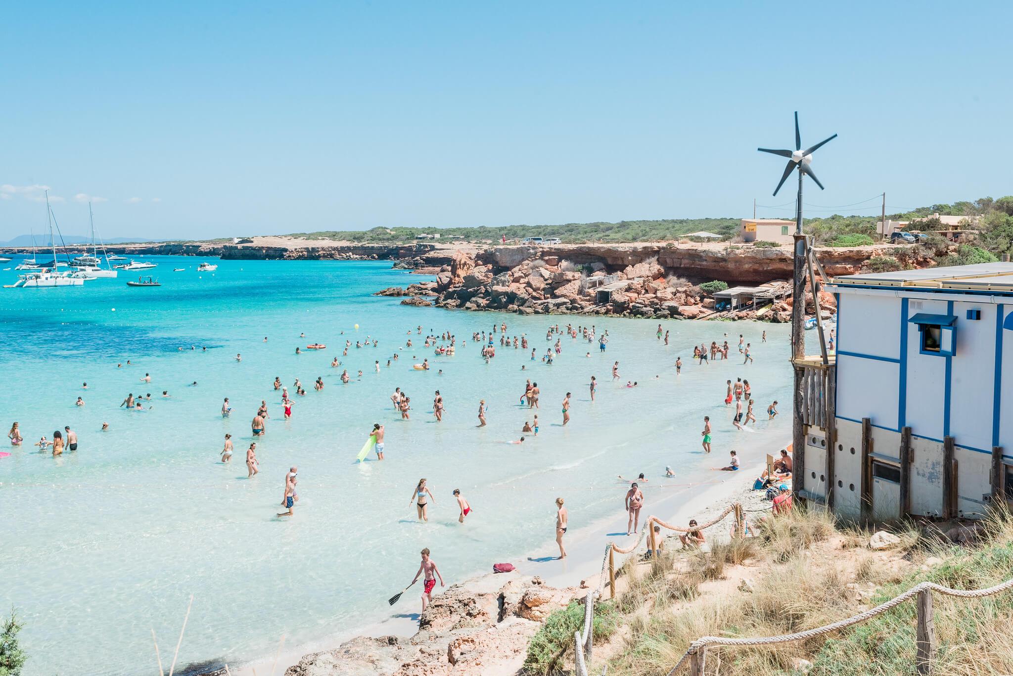 https://www.white-ibiza.com/wp-content/uploads/2020/03/formentera-beaches-cala-saona-2020-07.jpg