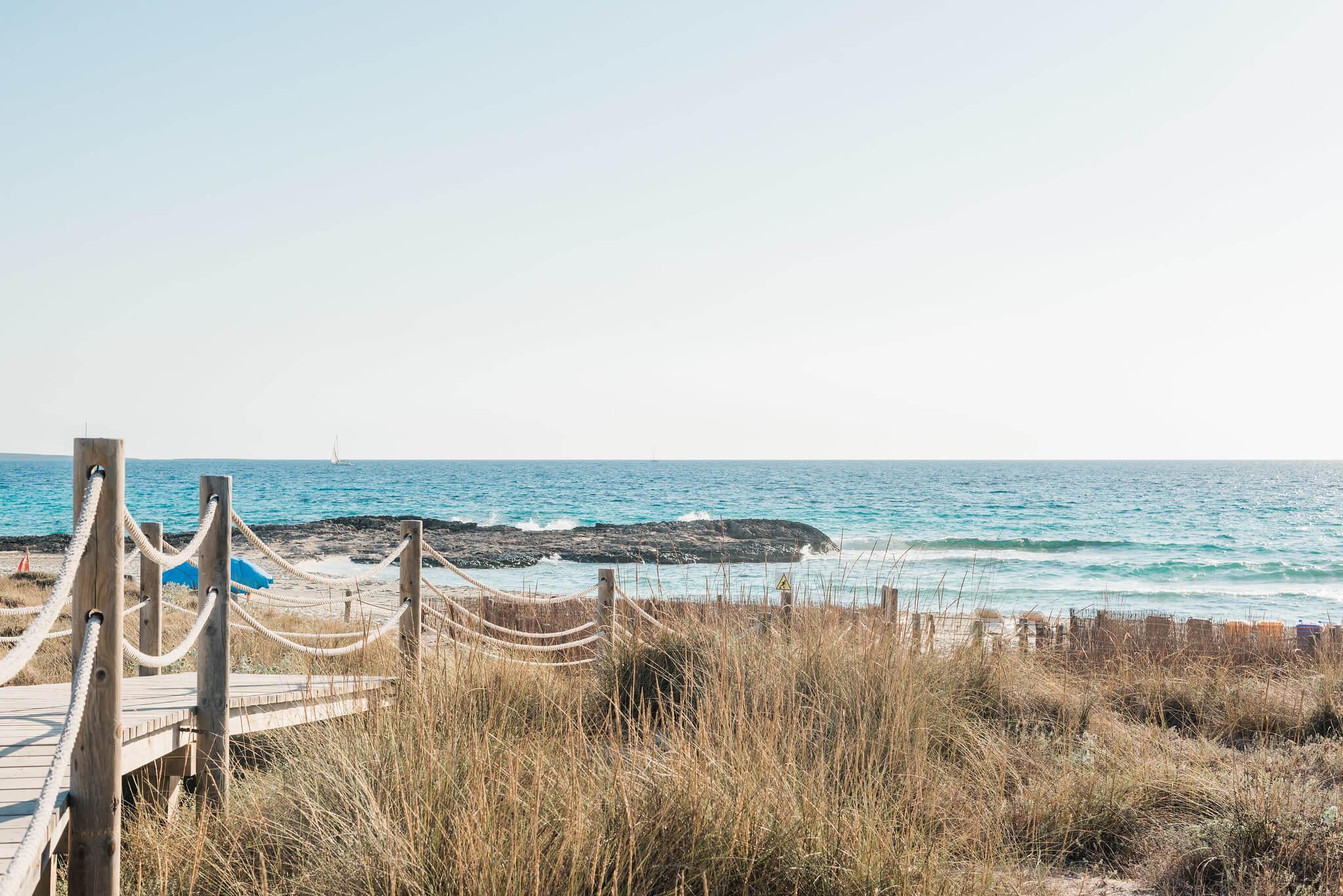 https://www.white-ibiza.com/wp-content/uploads/2020/03/formentera-beaches-es-caval-den-borras-2020-01.jpg