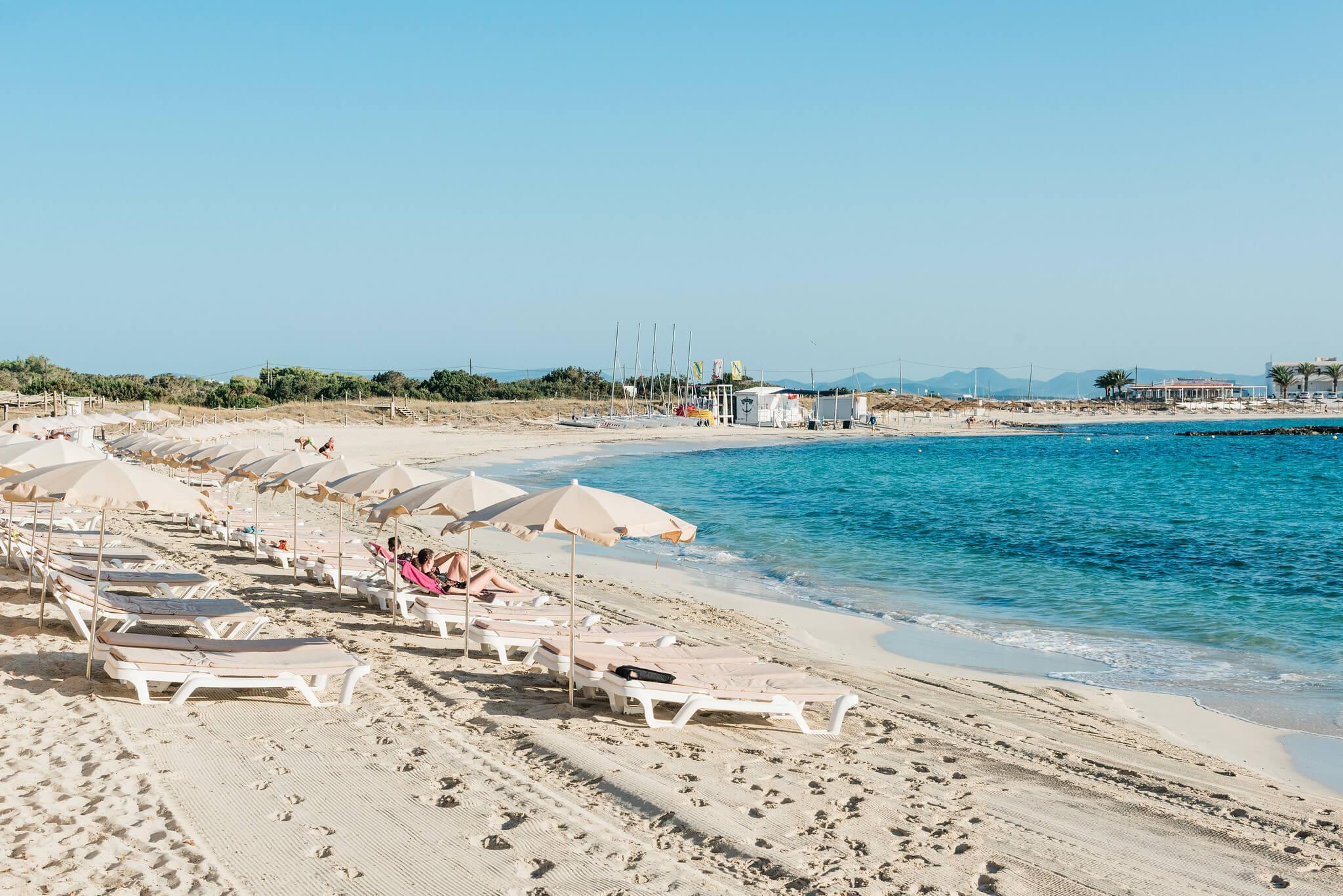https://www.white-ibiza.com/wp-content/uploads/2020/03/formentera-beaches-es-pujols-2020-01.jpg