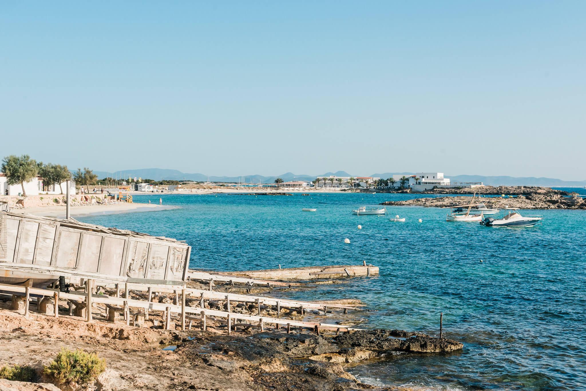 https://www.white-ibiza.com/wp-content/uploads/2020/03/formentera-beaches-es-pujols-2020-08.jpg