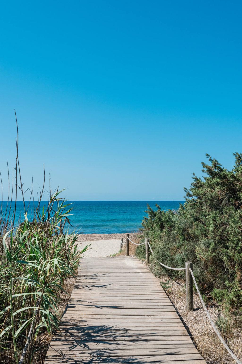 https://www.white-ibiza.com/wp-content/uploads/2020/03/formentera-beaches-migjorn-2020-01-1025x1536.jpg