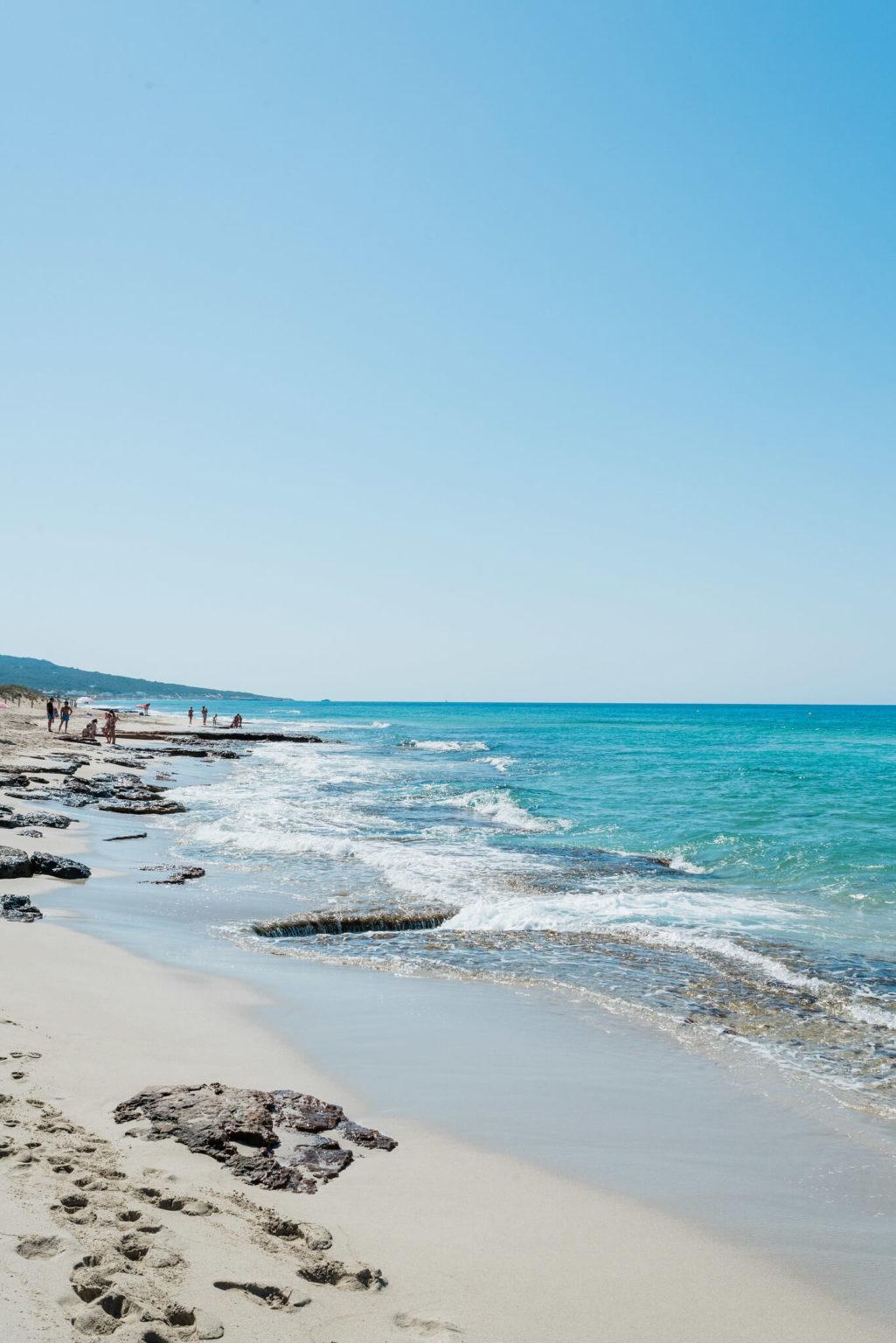 https://www.white-ibiza.com/wp-content/uploads/2020/03/formentera-beaches-migjorn-2020-03-1025x1536.jpg