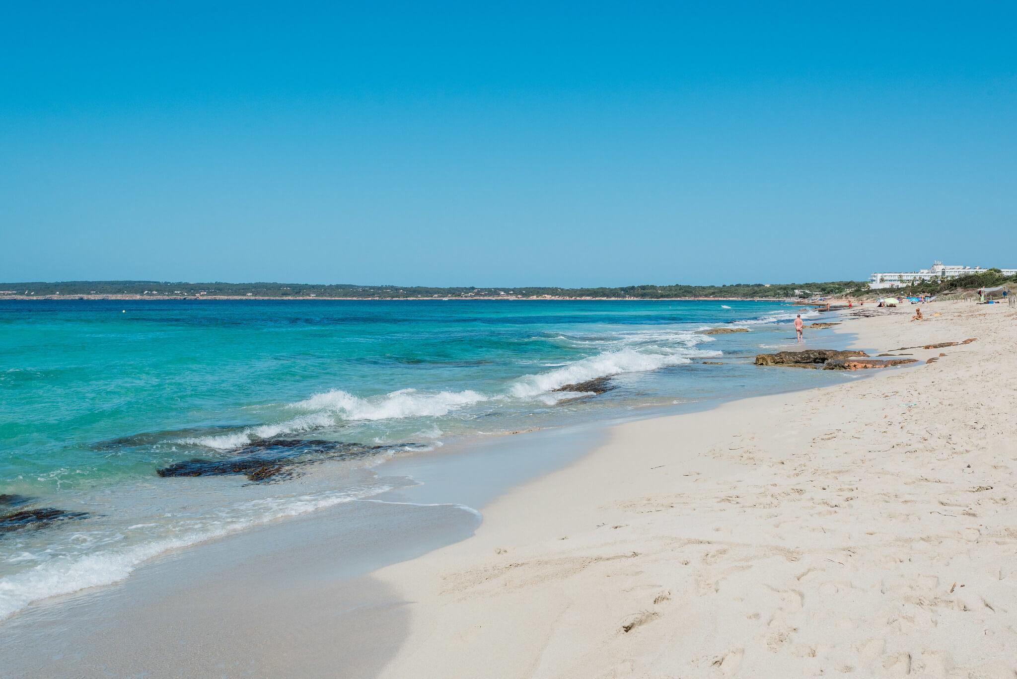 https://www.white-ibiza.com/wp-content/uploads/2020/03/formentera-beaches-migjorn-2020-08.jpg