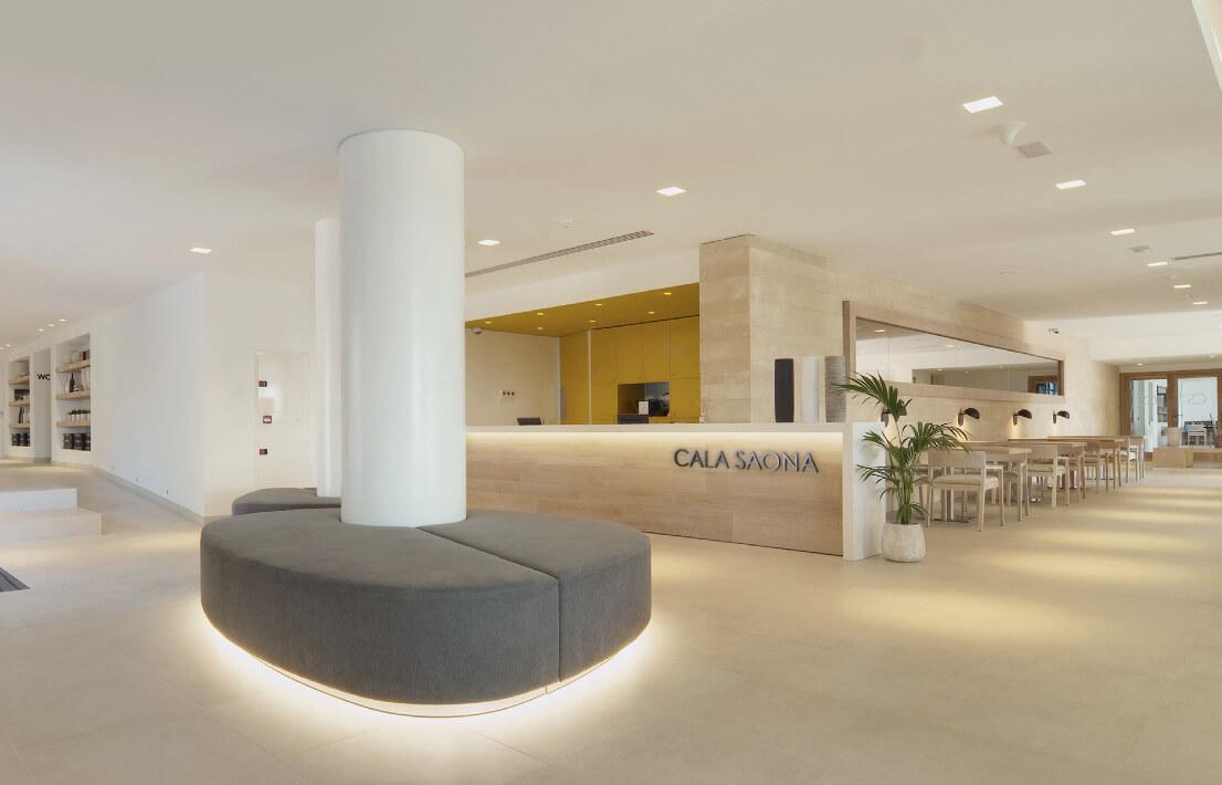 https://www.white-ibiza.com/wp-content/uploads/2020/03/formentera-hotels-cala-saona-2020-02.jpg