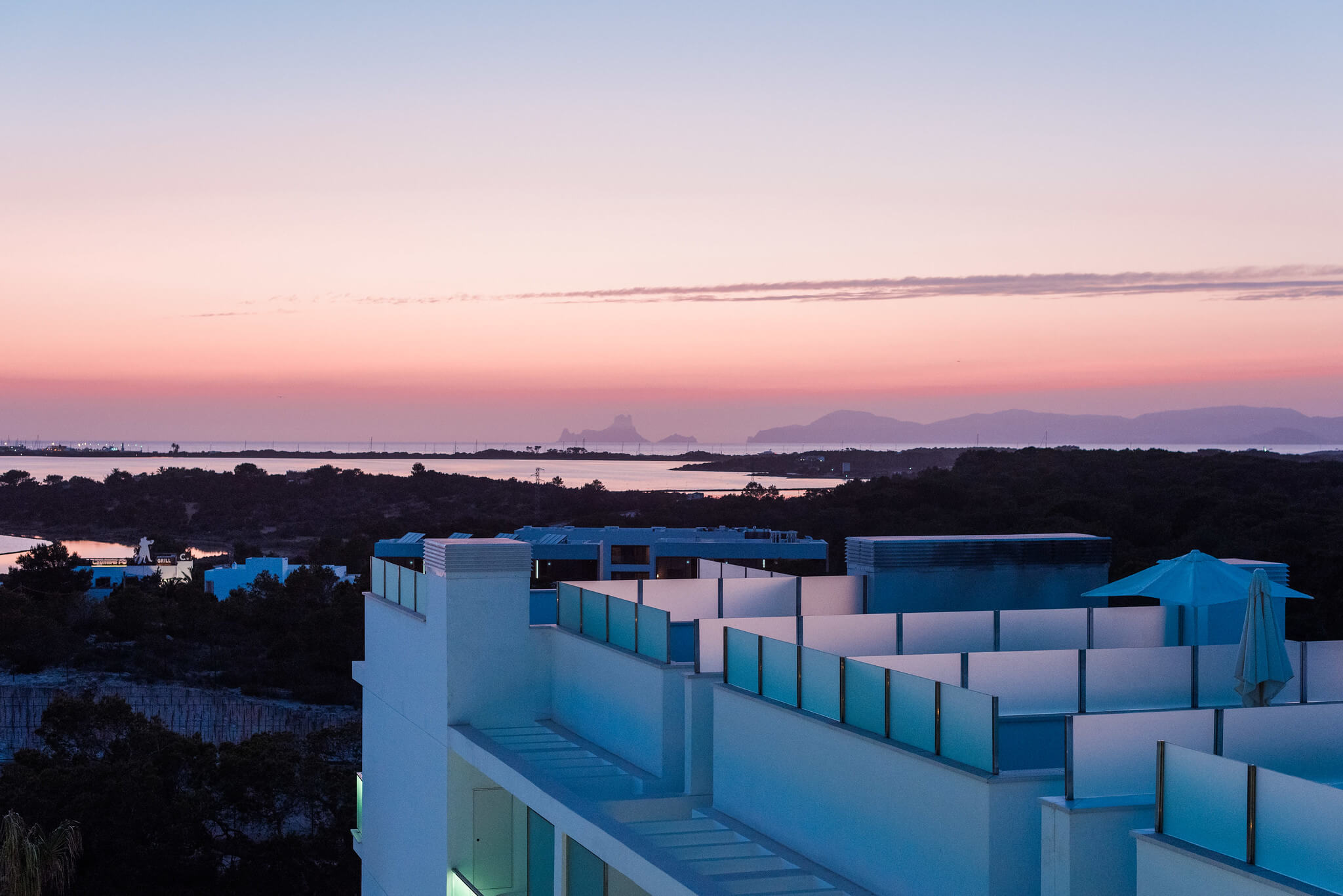 https://www.white-ibiza.com/wp-content/uploads/2020/03/formentera-hotels-five-flowers-2020-02.jpg
