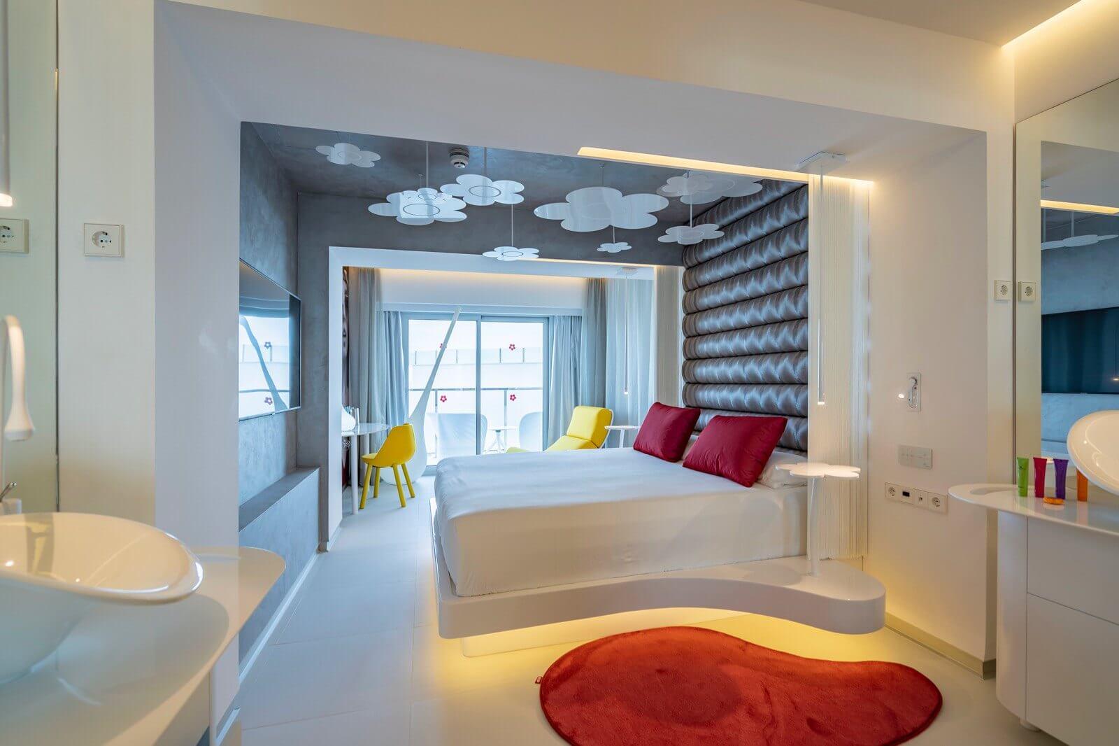 https://www.white-ibiza.com/wp-content/uploads/2020/03/formentera-hotels-five-flowers-2020-07.jpg