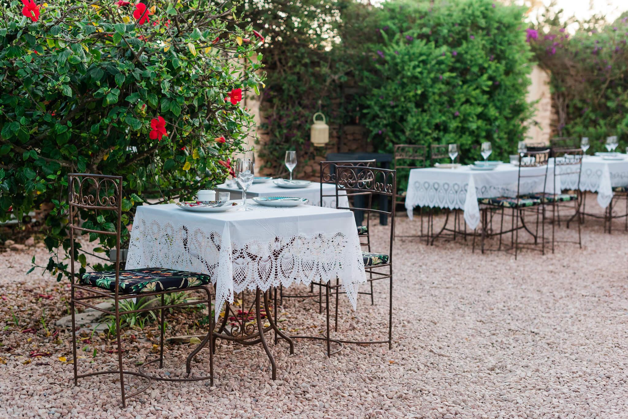 https://www.white-ibiza.com/wp-content/uploads/2020/03/formentera-restaurants-a-mi-manera-2020-05.jpg