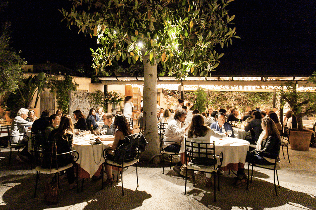 https://www.white-ibiza.com/wp-content/uploads/2020/03/formentera-restaurants-can-carlos-2020-01.png