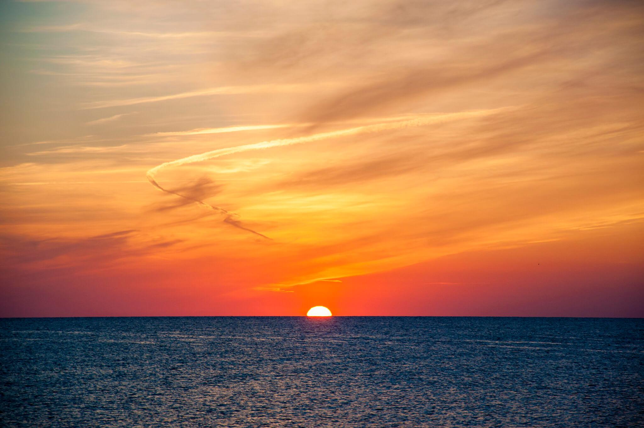 https://www.white-ibiza.com/wp-content/uploads/2020/03/formentera-sunsets-2020-04.jpg