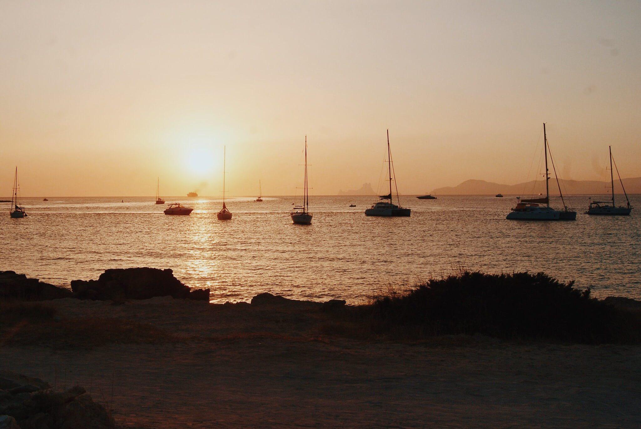 https://www.white-ibiza.com/wp-content/uploads/2020/03/formentera-sunsets-2020-08.jpg