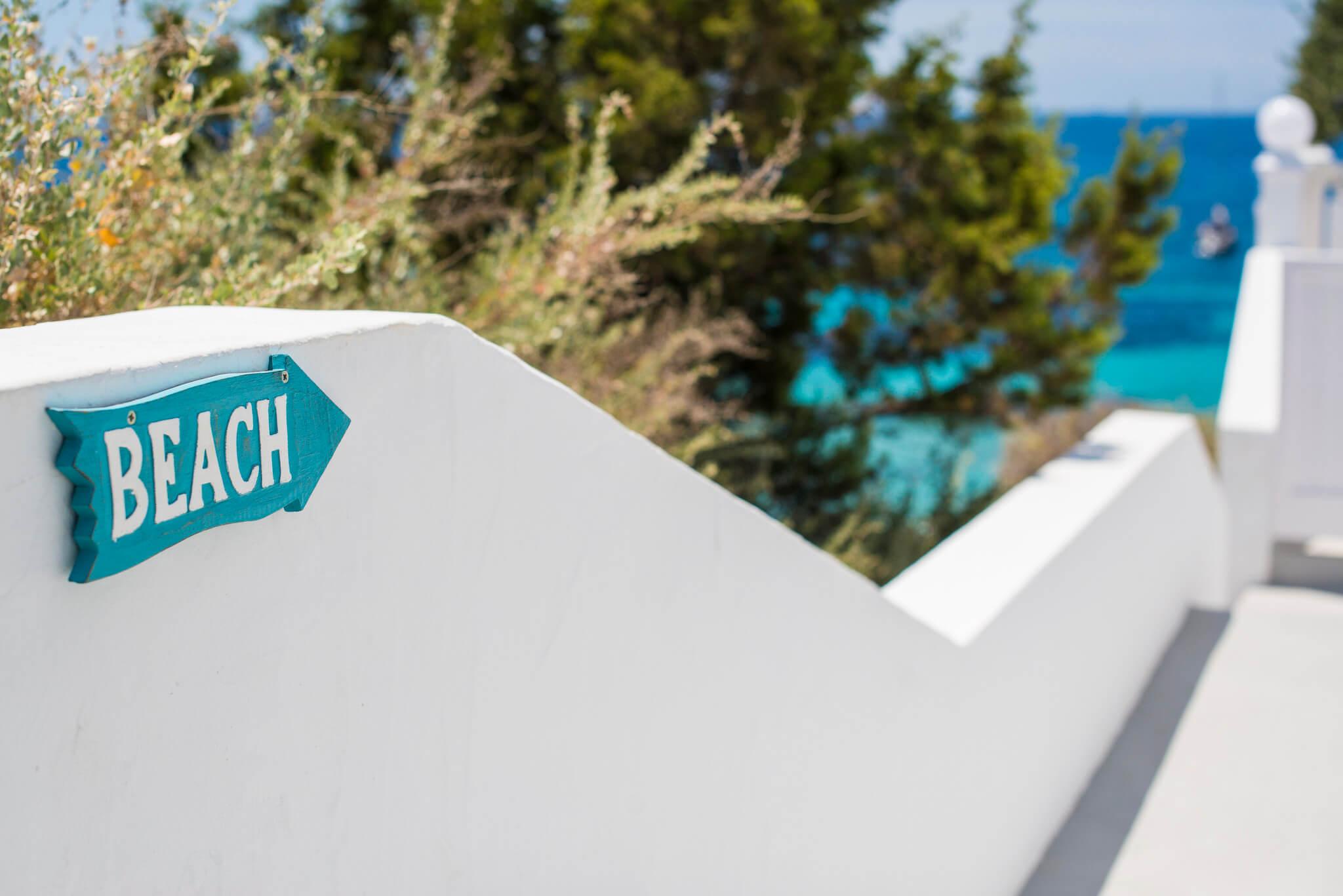 https://www.white-ibiza.com/wp-content/uploads/2020/03/ibiza-beach-restaurant-cotton-beach-club-2020-07.jpg