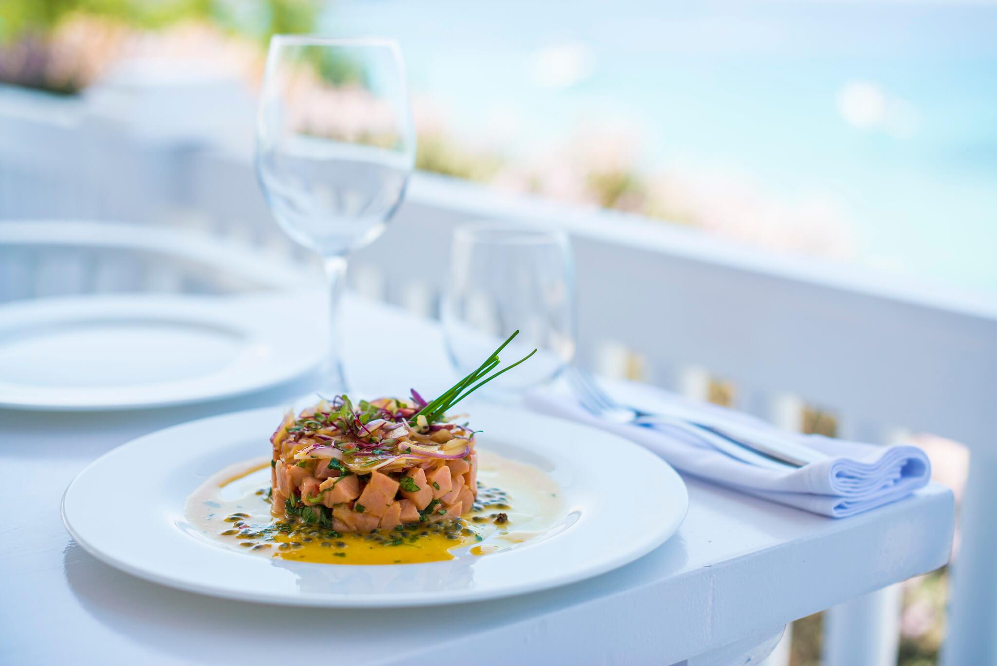 https://www.white-ibiza.com/wp-content/uploads/2020/03/ibiza-beach-restaurant-cotton-beach-club-2020-08.jpg