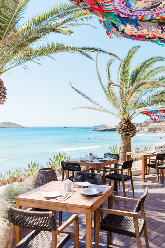 https://www.white-ibiza.com/wp-content/uploads/2020/03/ibiza-beach-restaurants-aiyanna-ibiza-2019-03.jpg