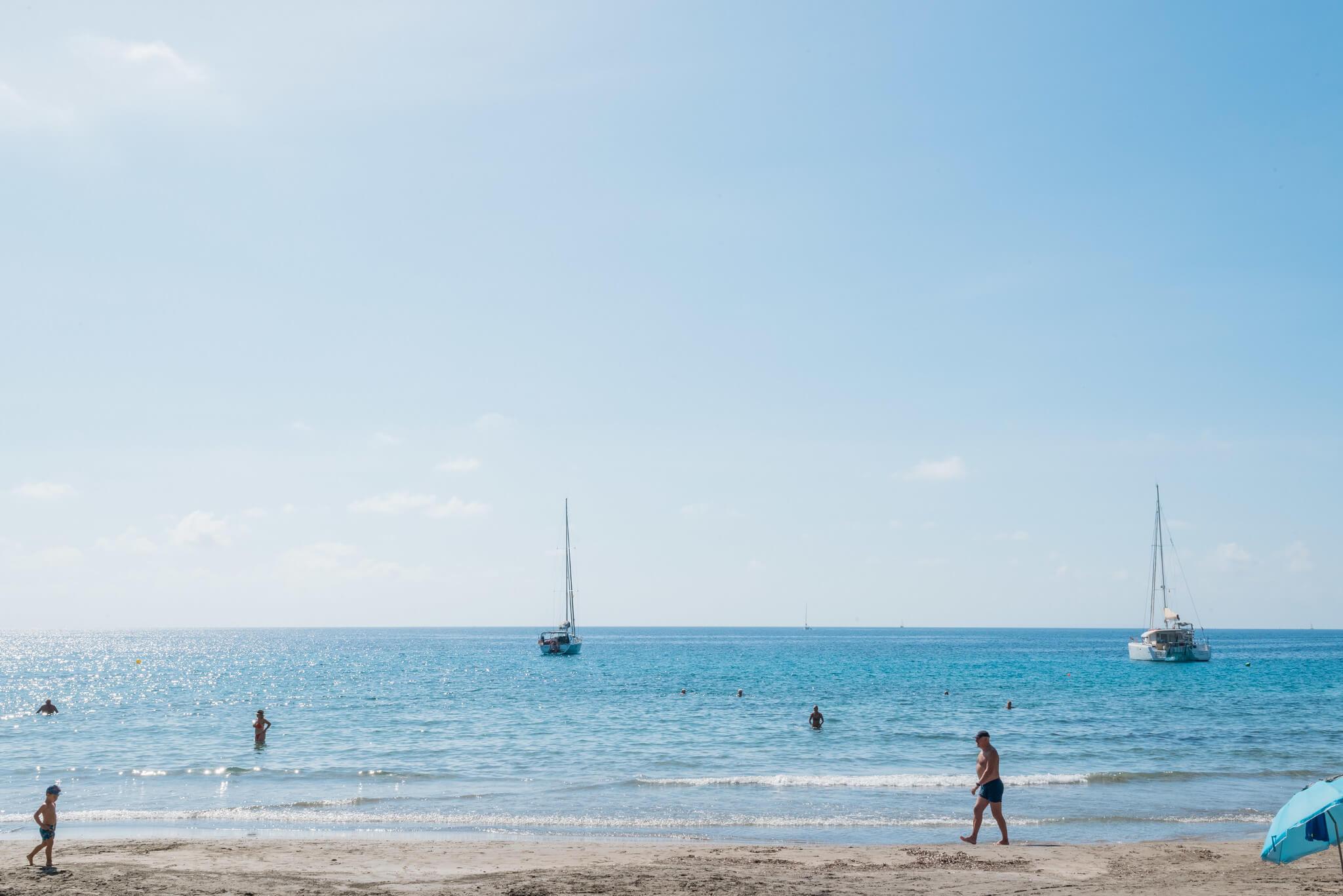 https://www.white-ibiza.com/wp-content/uploads/2020/03/ibiza-beaches-cala-de-boix-02.jpg
