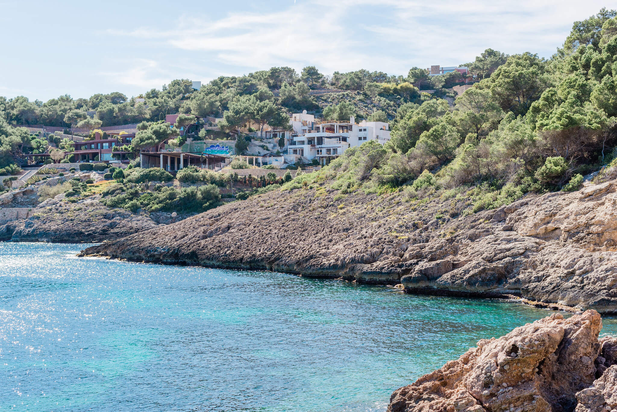 https://www.white-ibiza.com/wp-content/uploads/2020/03/ibiza-beaches-cala-olivera-02.jpg