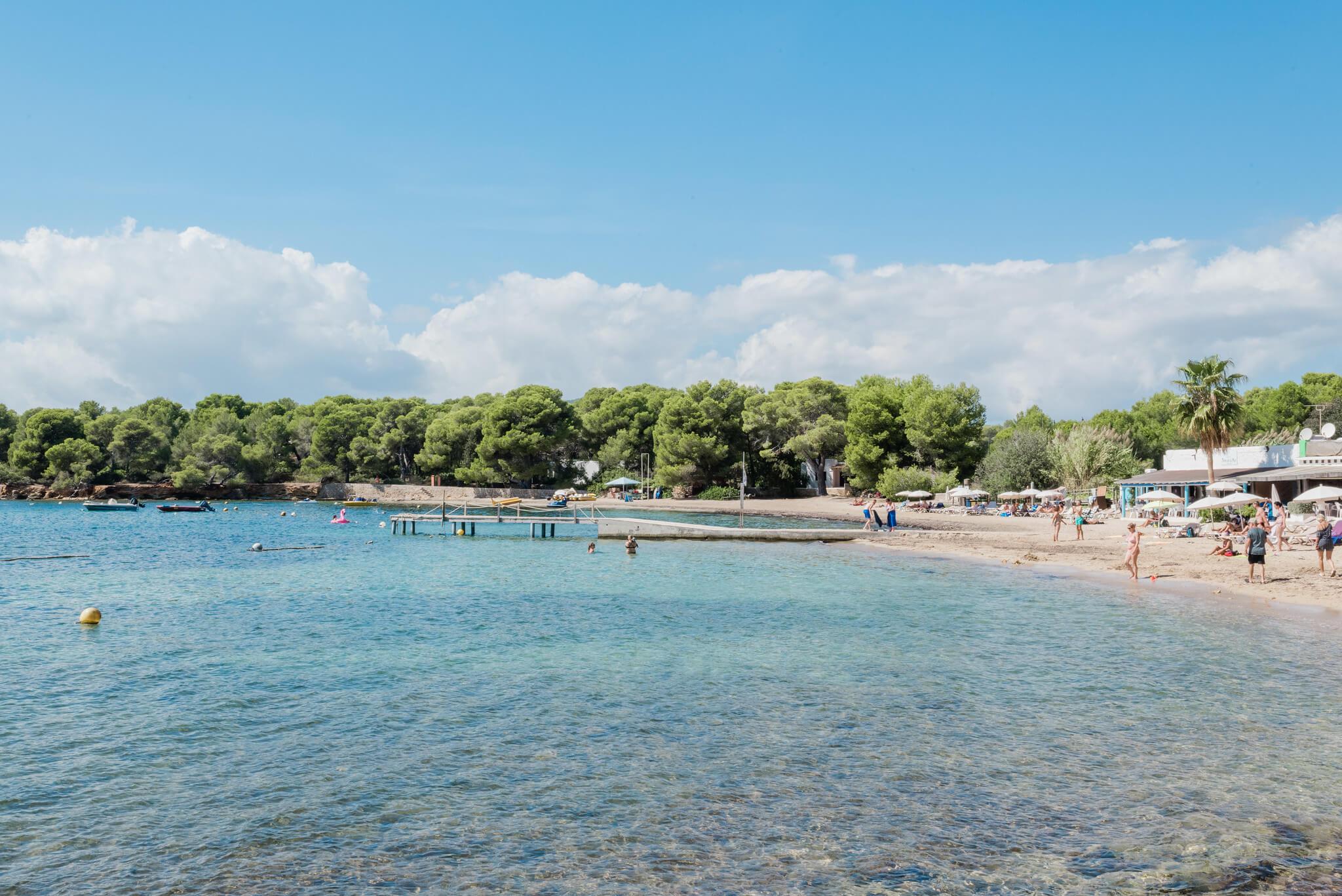 https://www.white-ibiza.com/wp-content/uploads/2020/03/ibiza-beaches-cala-pada-05.jpg