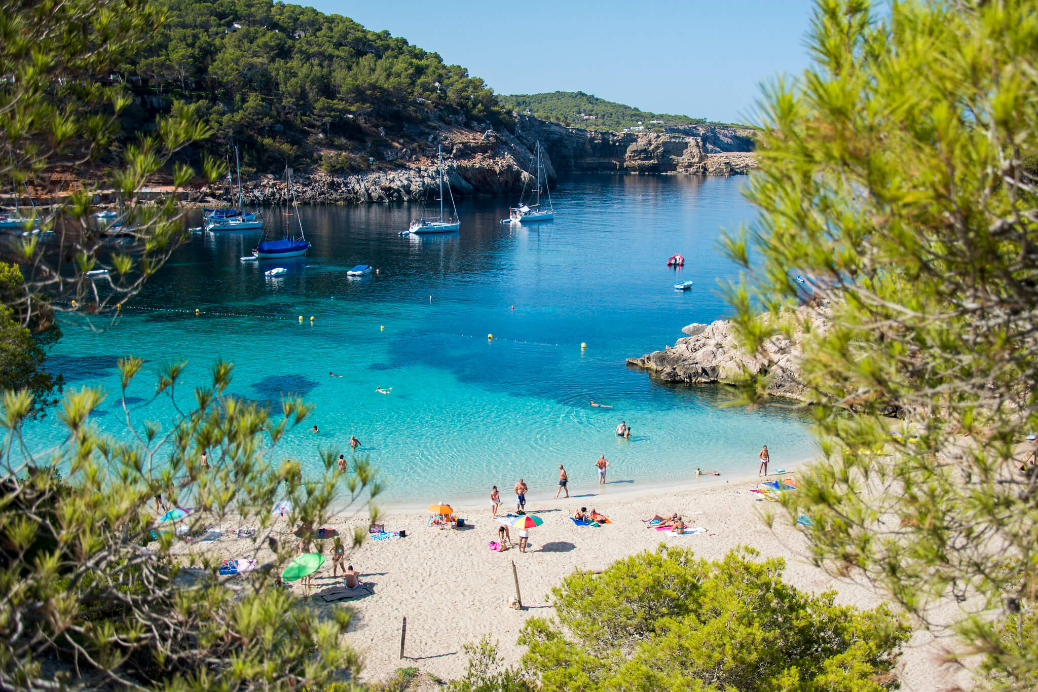 https://www.white-ibiza.com/wp-content/uploads/2020/03/ibiza-beaches-cala-saladeta-01.jpg