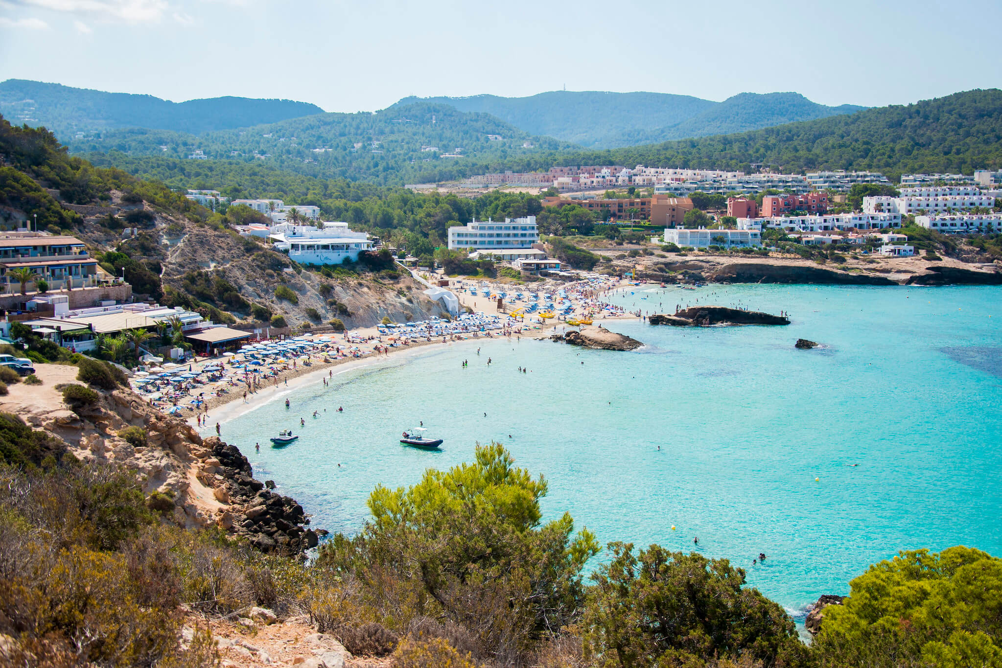 https://www.white-ibiza.com/wp-content/uploads/2020/03/ibiza-beaches-cala-tarida-01.jpg