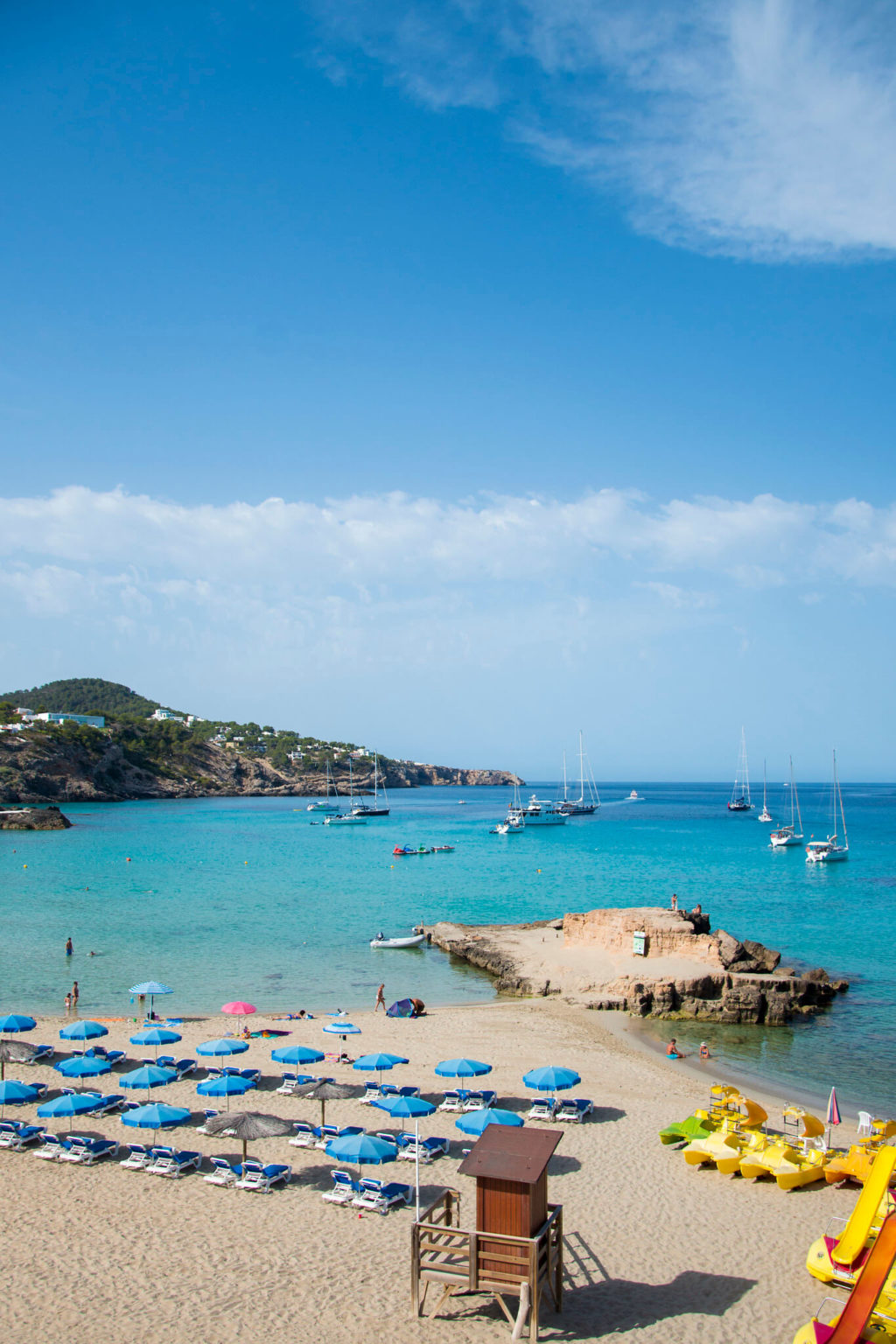 https://www.white-ibiza.com/wp-content/uploads/2020/03/ibiza-beaches-cala-tarida-07-1024x1536.jpg