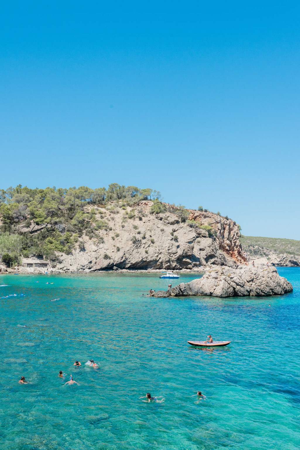 https://www.white-ibiza.com/wp-content/uploads/2020/03/ibiza-beaches-cala-xaracca-03-1025x1536.jpg