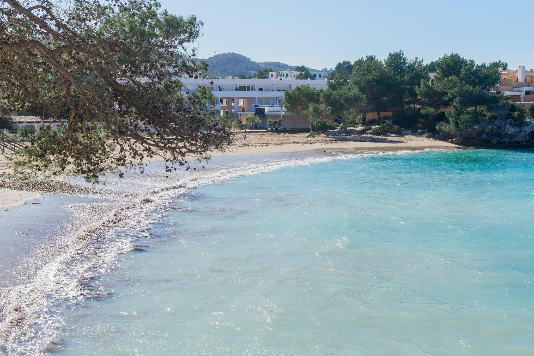 https://www.white-ibiza.com/wp-content/uploads/2020/03/ibiza-beaches-port-des-torrent-01.jpg